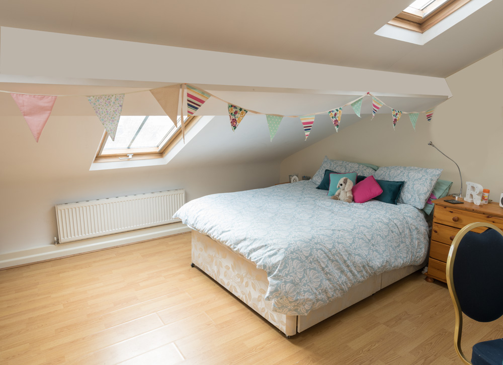 Ormskirk Student Accommodation, Burscough Street property - modern furnished double bedroom