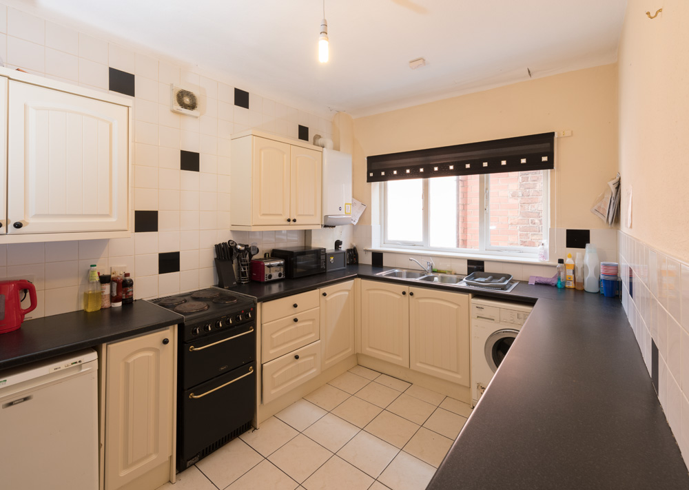 Church Street Property, Ormskirk – Student House kitchen