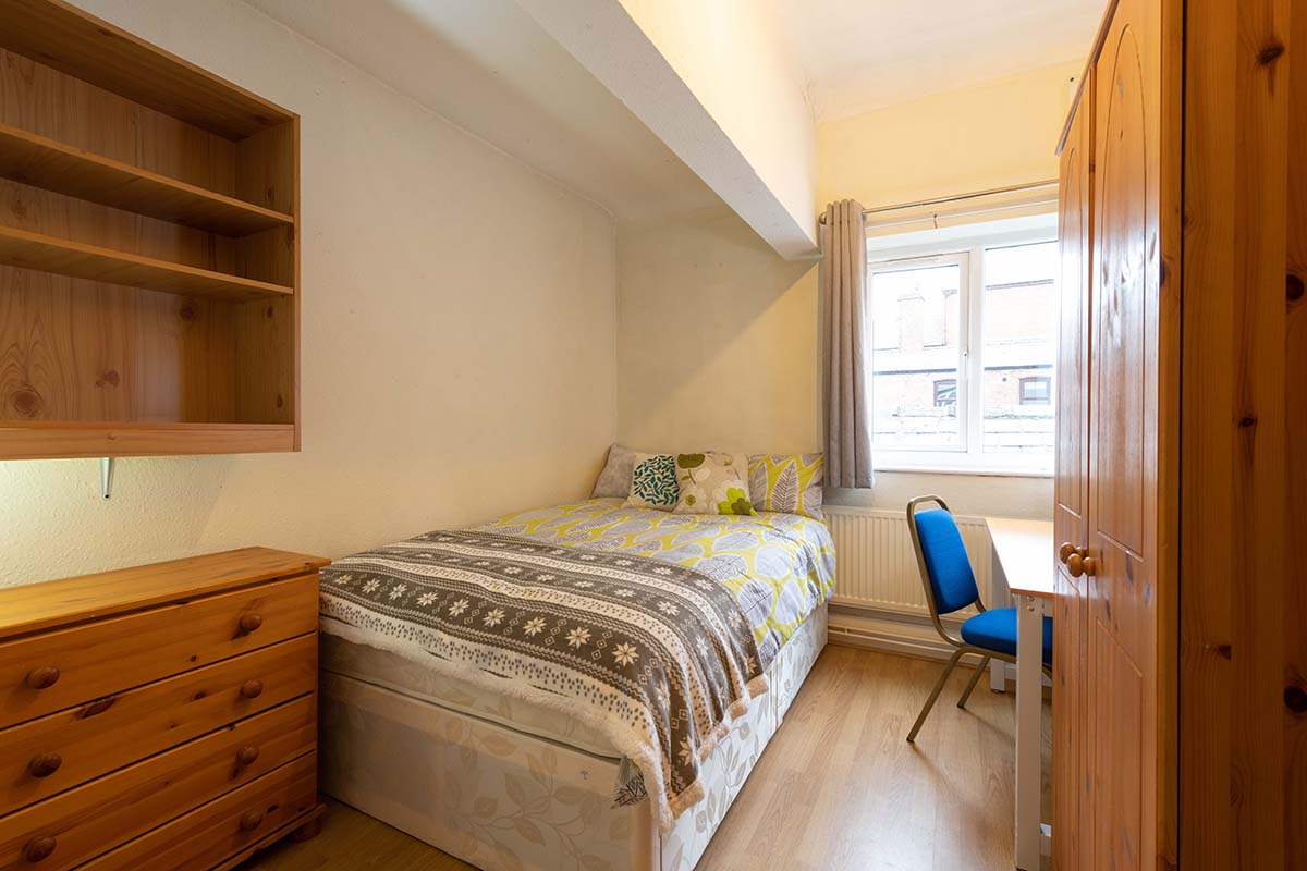 Ormskirk Town Centre, Church Street property - double bedroom